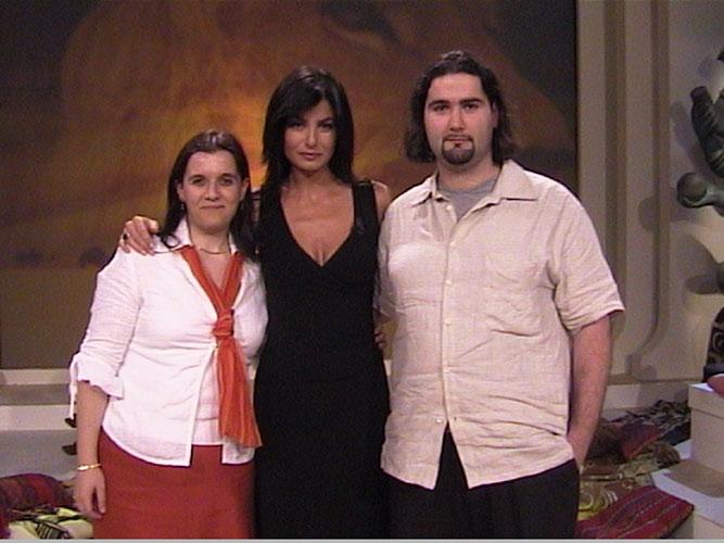 Marco e Melania, ideatori del sito, con Ilaria D'Amico, conduttrice del programma