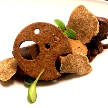 Cremoso al cioccolato con tartufo bianco