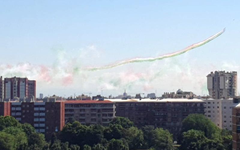 Frecce tricolori su Milano