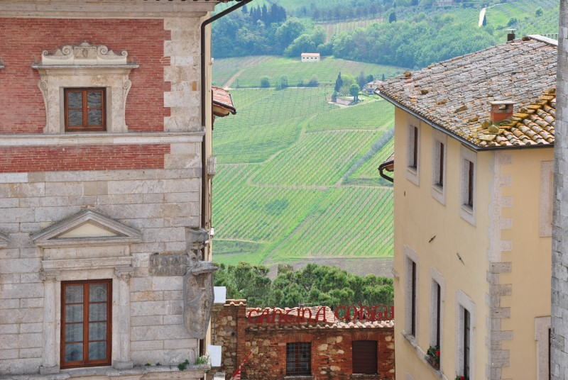 Montepulciano: panorama da piazza Grande alla val di Chiana