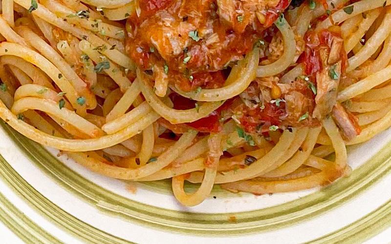 La vera storia degli spaghetti al tonno... alla Bolognese